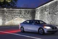 Покупка автомобиля: официальный дилер или «серый» салон